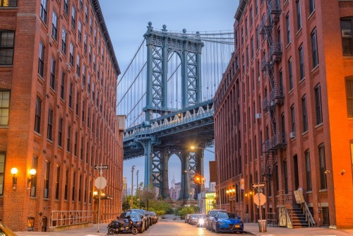 manhattan-bridge-z-brooklynu-w-nowym-jorku
