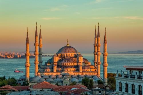 blekitny-meczet-o-zachodzie-slonca-stambul-turcja