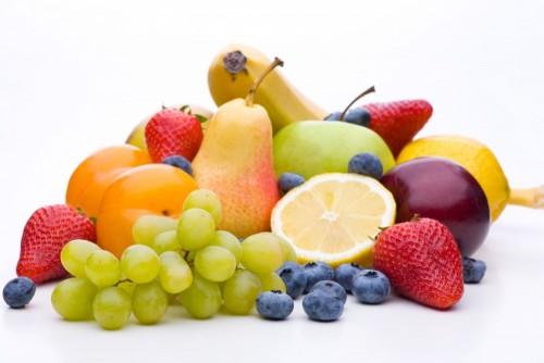owoce-na-bialym-tle