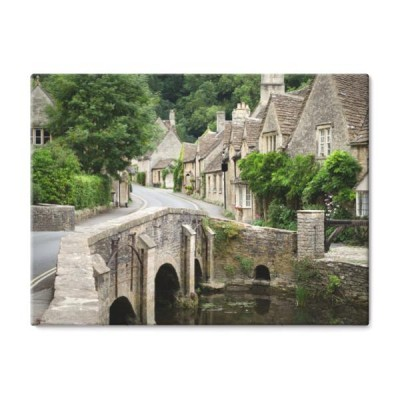 castle-combe-wies-cotswolds